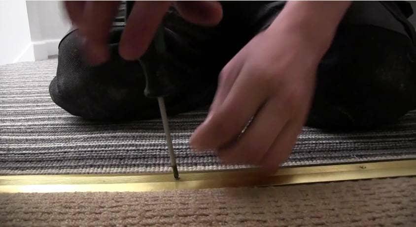 How to Install a Radiator_18_Remove Carpet_1