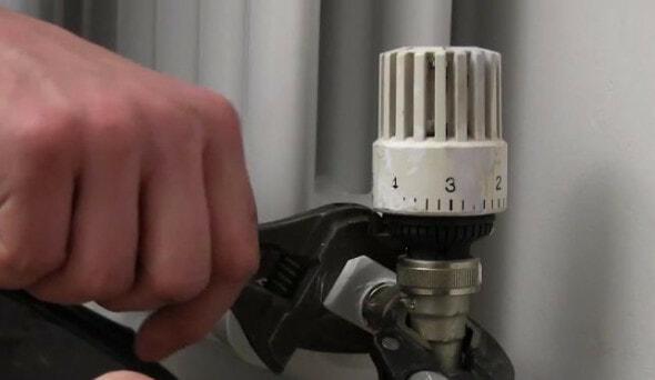 is my radiator valve leaking?
