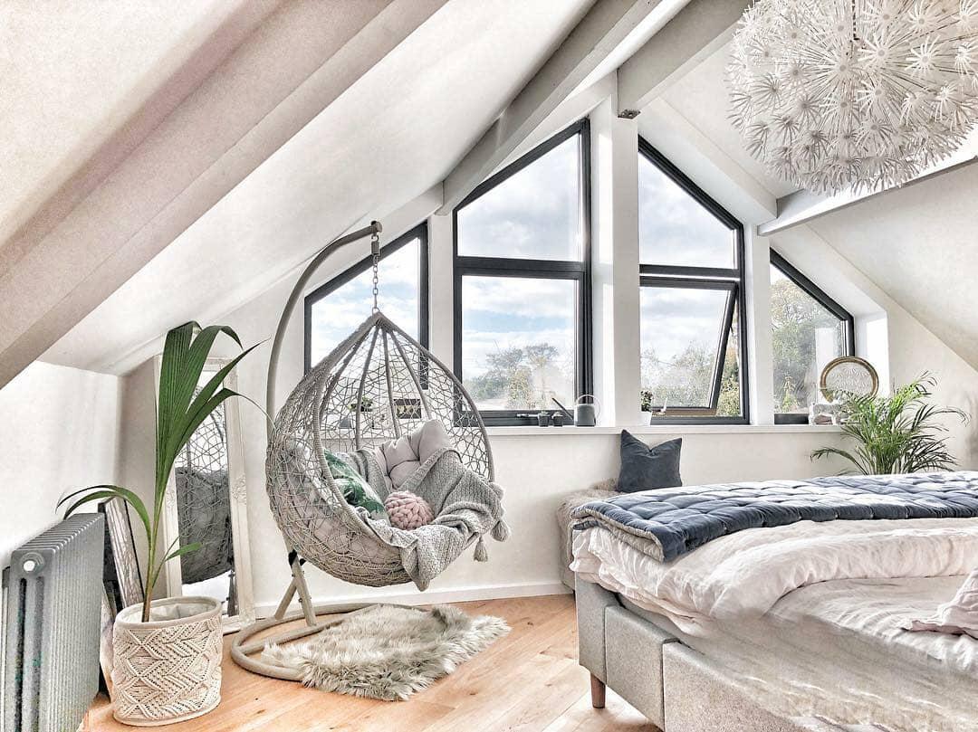 amazing bedroom space