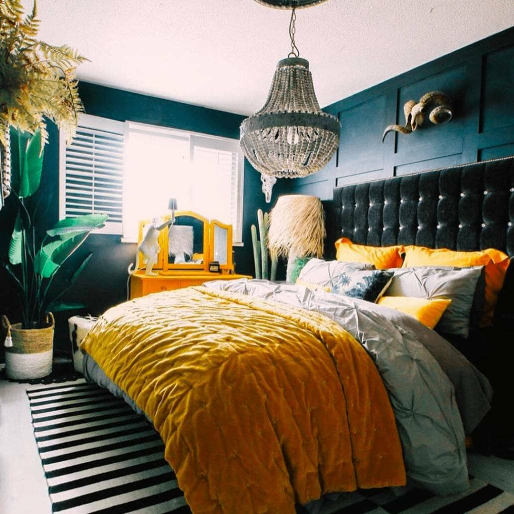 Eclectic style bedroom