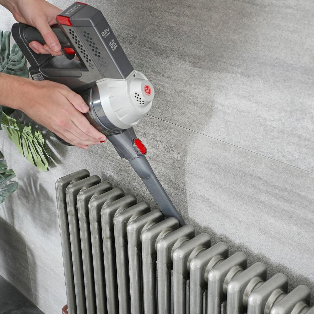 vacuum cleaning radiator